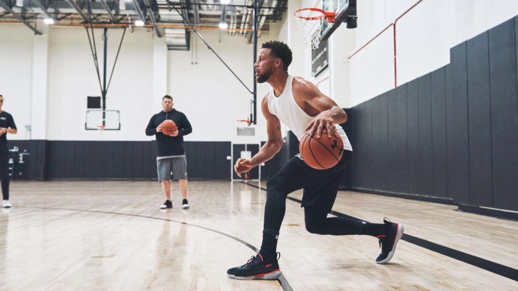 underarmour curry 7 focus(アンダーアーマー カリー7 フォーカス)ステフィン・カリー着用01