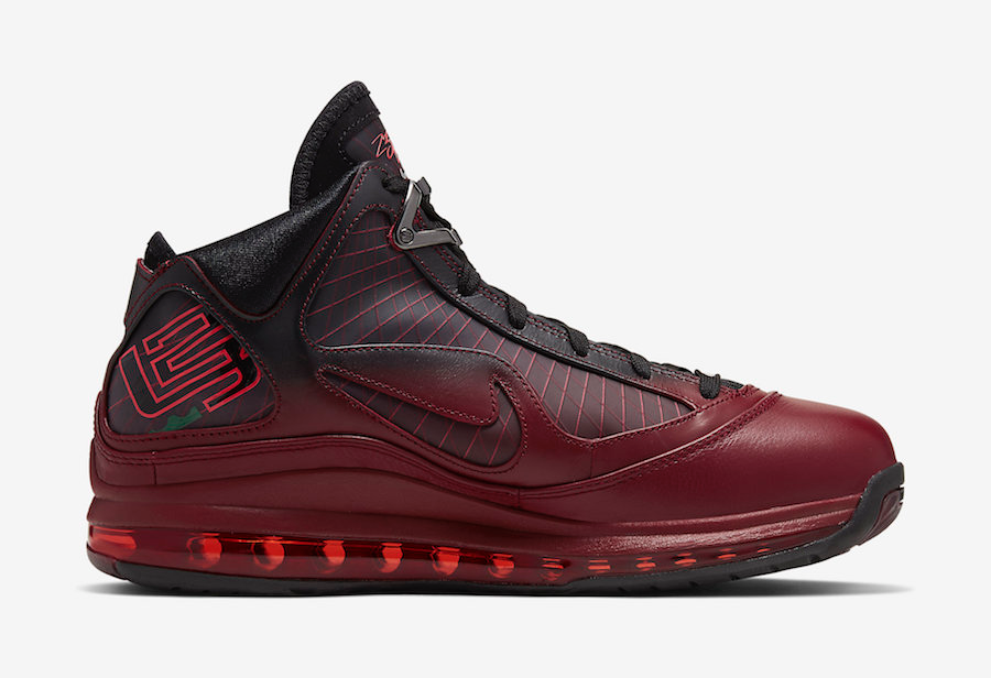 Nike Lebron 7 QS 'Christmas' (ナイキ レブロン 7 クイックストライク 'クリスマス')オフィシャルイメージ 03